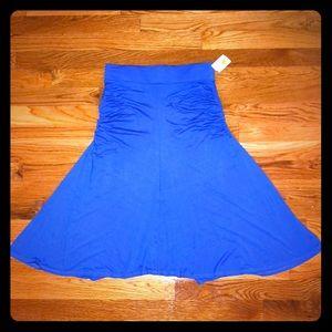NWT skirt by three dots
